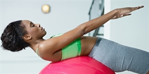 5 Best Butt Exercises (No Gym Required)