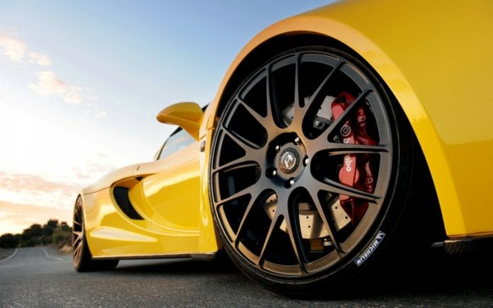 Where Speed Meets Pavement: The Best High Performance Tires for Your Auto