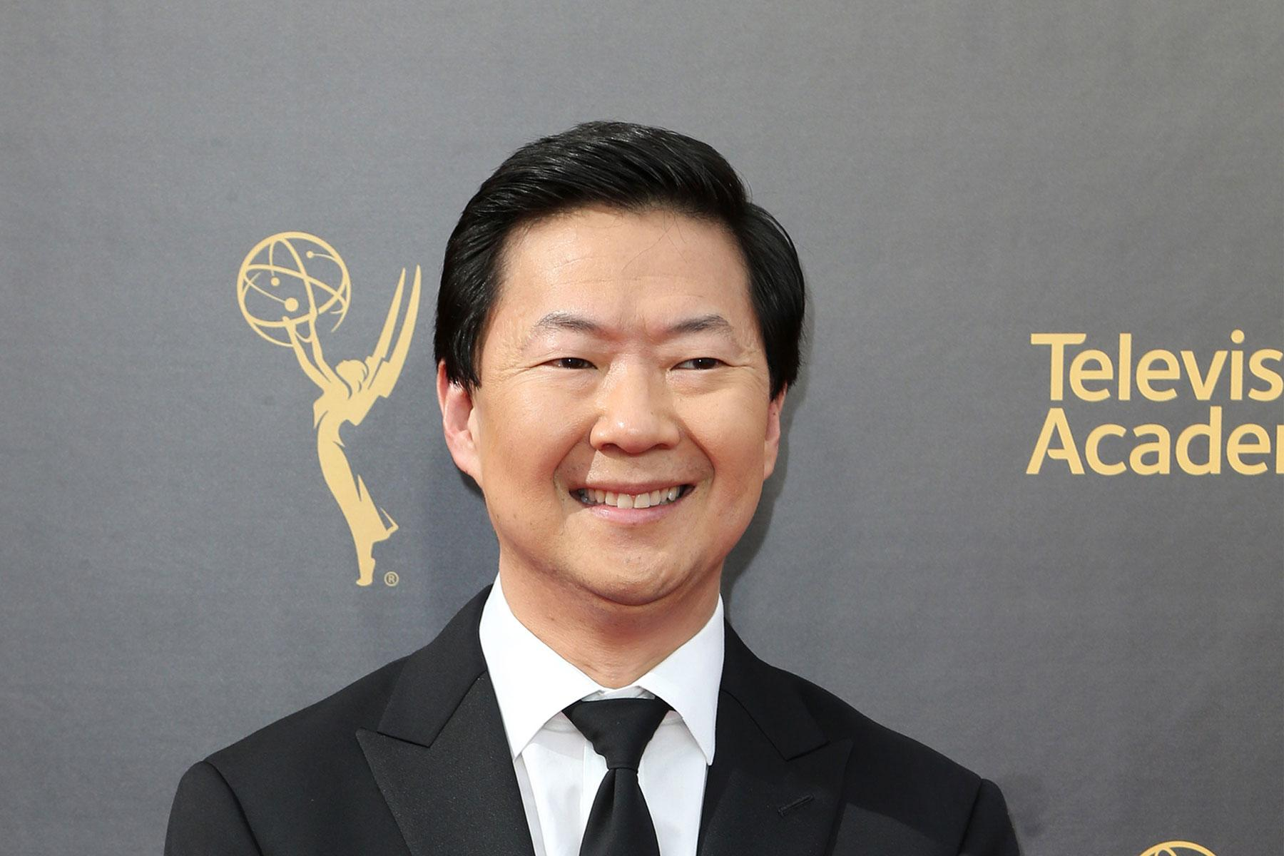 Apart from being an actor, Ken jeong is one celebrity with an amazing double life. He also a licensed medical practitioner