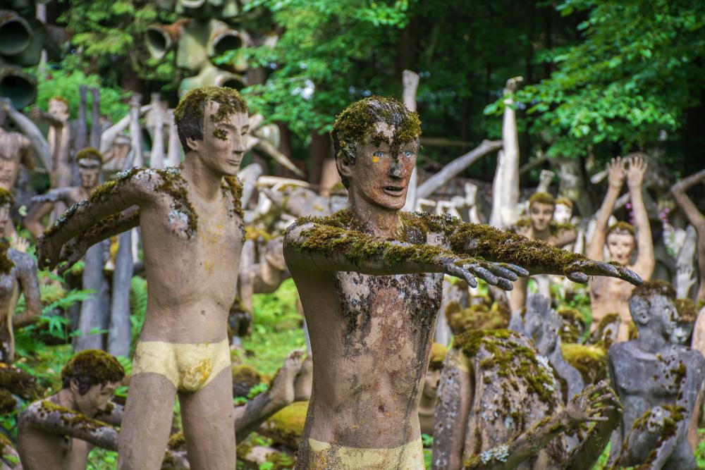 veijo ronkkonen scultpure garden finland