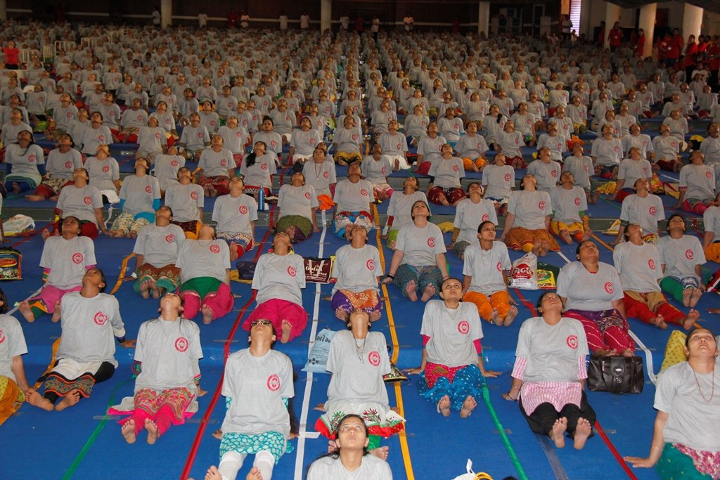 The largest pre-natal yoga class is a weird world record that was held by India