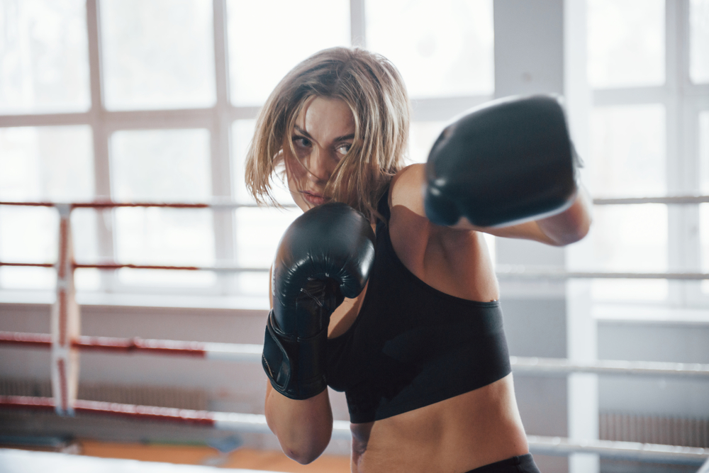 Kick Your Workout Up a Notch! 5 Ways Kickboxing Is an Awesome Total-Body Workout