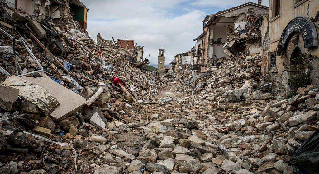 earthquake natural phenomenon