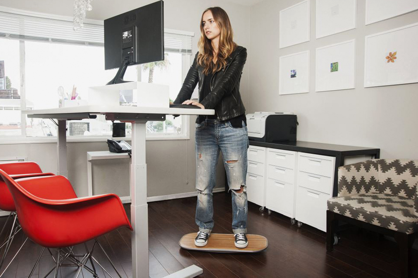 Top 5 Reasons to Buy That Standing Desk