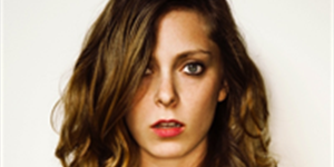 Rachel Bloom: Top 5 Songs That Aren't on the Radio (But Totally Should Be)