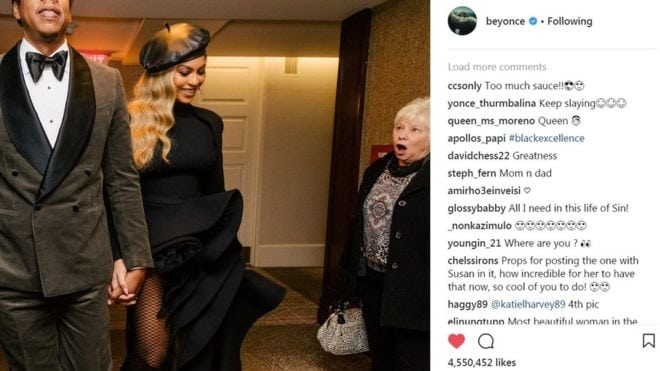 Lady is stunned on seeing Beyonce celebrity photobomb