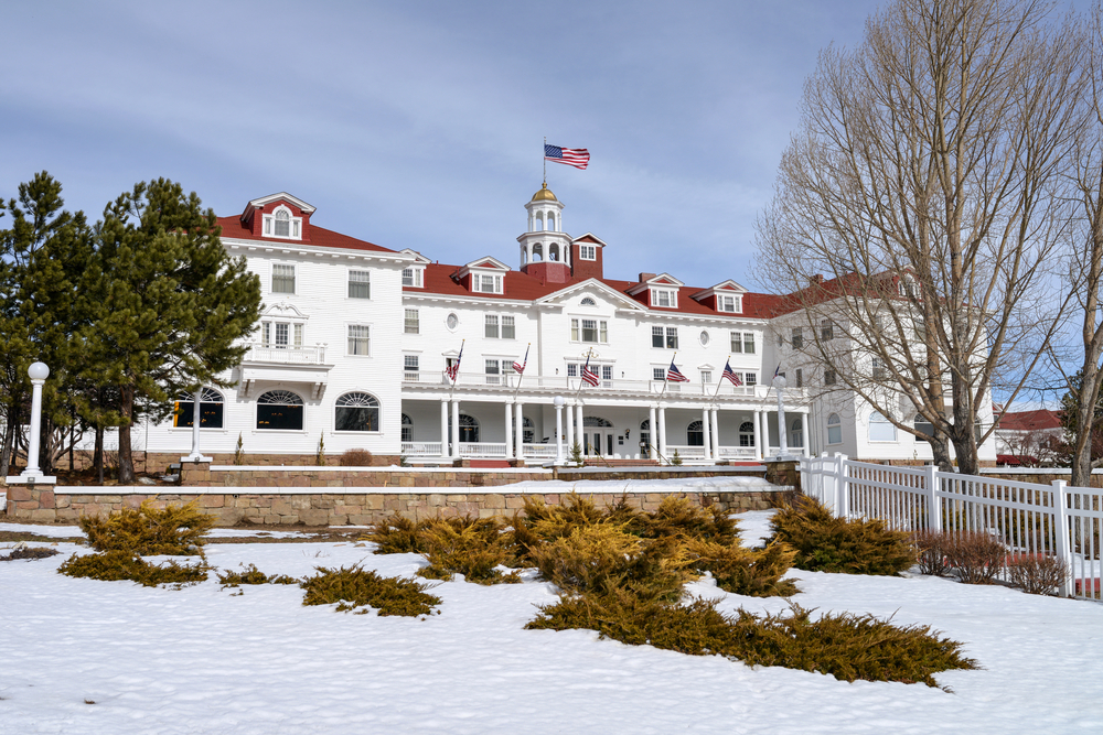 stanley hotel at estes park, colorado, usa stephen king the shining haunted hotel ghosts