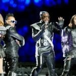 15 Worst Super Bowl Singers