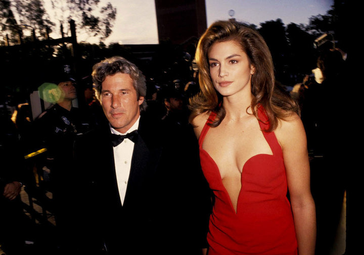 "cindy crawford and richard re ""width ="" 720 ""height ="" 505 ""srcset ="" https: //www.top5. com / wp-content / uploads / 2013/07 / cindy-crawford-and-richard-gere-.jpg 720w, https://www.top5.com/wp-content/uploads/2013/07/cindy-crawford- and-richard-gere - 300x210.jpg 300w ""Sizes ="" (maximum width: 720px) 100VW, 720px"