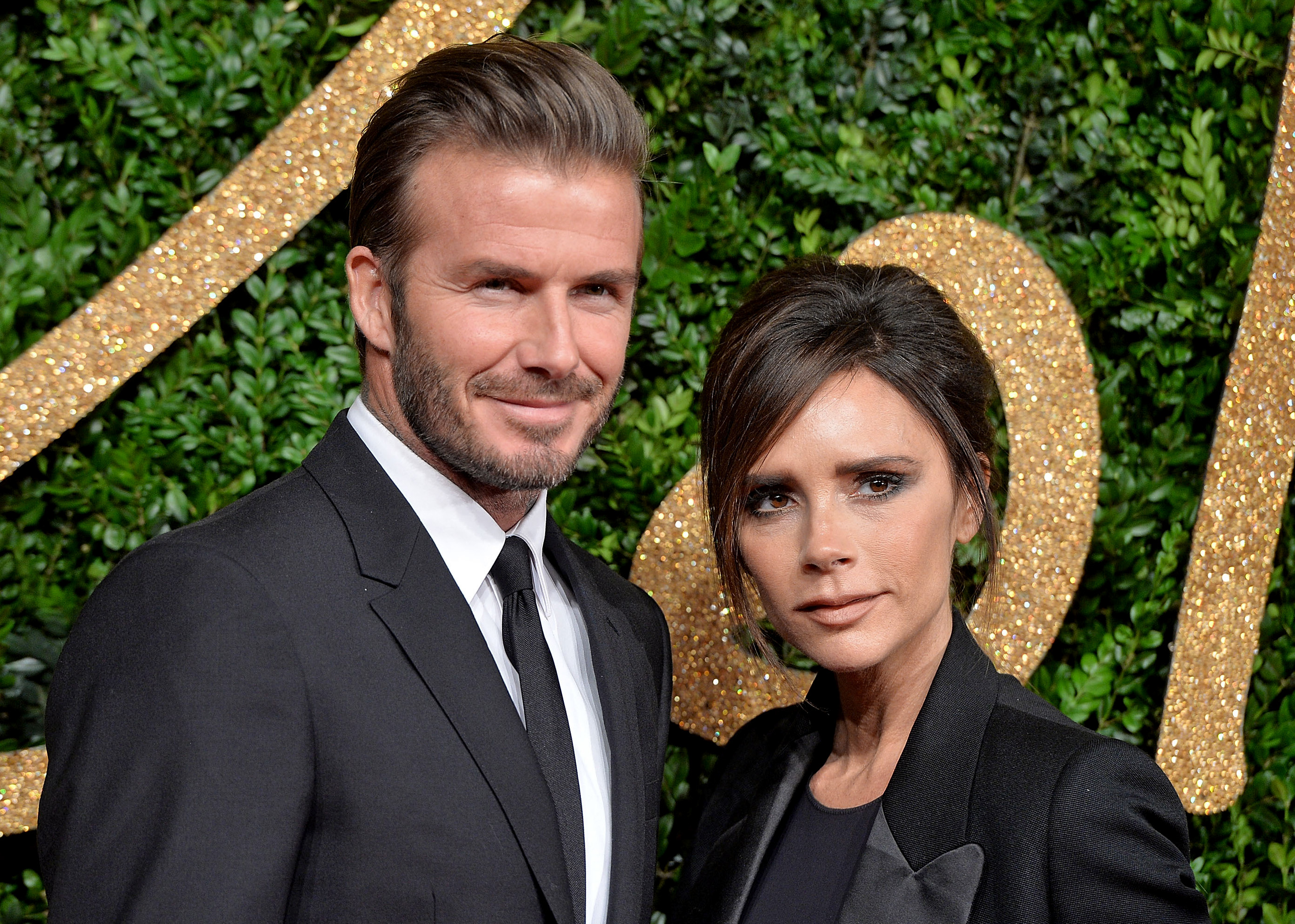 "David and Victoria Beckham ""width ="" 2784 ""height ="" 1986 ""srcset ="" https: // www. top5.com/wp-content/uploads/201/07/07/david-and-victoria-beckham-.jpg 2784w, https://www.top5.com/wp-content/uploads/2013/07/david- and- victoria-beckham - 300x214.jpg 300w, https://www.top5.com/wp-content/uploads/2013/07/david-and-victoria-beckham--768x548.jpg 768w, https: // www , top5.com/wp-content/uploads/2013/07/david-and-victoria-beckham--1024x730.jpg 1024w ""Sizes ="" (Max Width: 2784px) 100vw, 2784px"