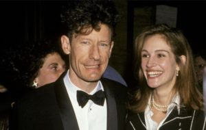 Julia Roberts and Lyle Lovett relationhip was one that fit into the mismatched celebrity couples