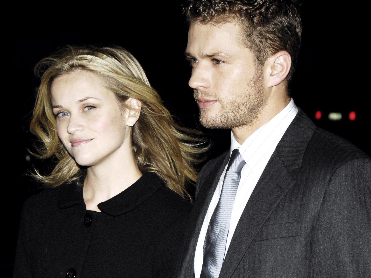 "reese witherspoon and Ryan Phillippe ""width ="" 1536 ""height ="" 1152 ""srcset ="" https://www.top5.com/wp-content/uploads/ 2013 / 07 / reese-witherspoon-and-ryan-phillippe-.jpg 1536w, https://www.top5.com/wp-content/uploads/2013/07/reese-witherspoon-and-ryan-phillippe - 300x225.jpg 300w, https://www.top5.com/wp-content/uploads/2013/07/reese-witherspoon-and-ryan-phillippe--768x576.jpg 768w, https://www.top5.com/wp- content / uploads / 2013/07 / reese-witherspoon-and-ryan-phillippe - 1024x768.jpg 1024w ""Sizes ="" (maximum width: 1536px) 100vw, 1536px"