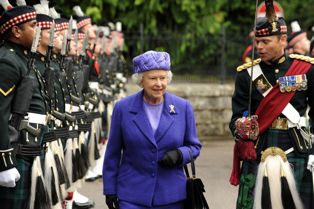 Queen Elizabeth in Scotland - One of the Royal Facts about the Queen is that she loves Sottish dancing