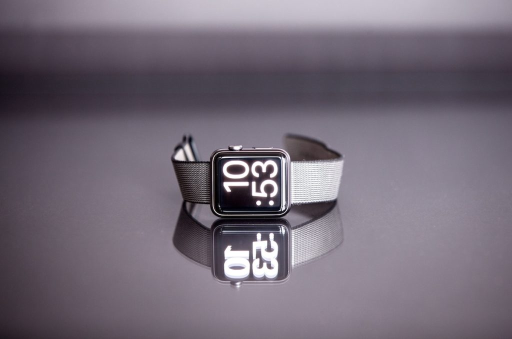 Top 5 Smart Watches On The Market Right Now