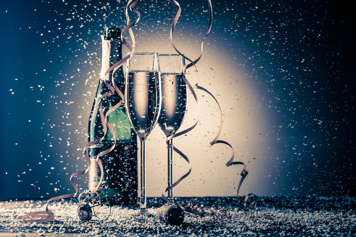 Top 5 Champagne Cocktail Recipes to Liven Up Your Bubbly This NYE
