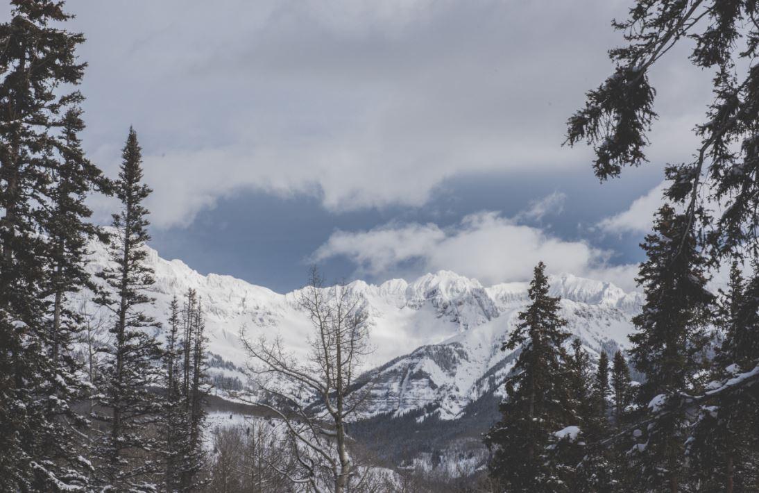 ski holiday mountain scenery