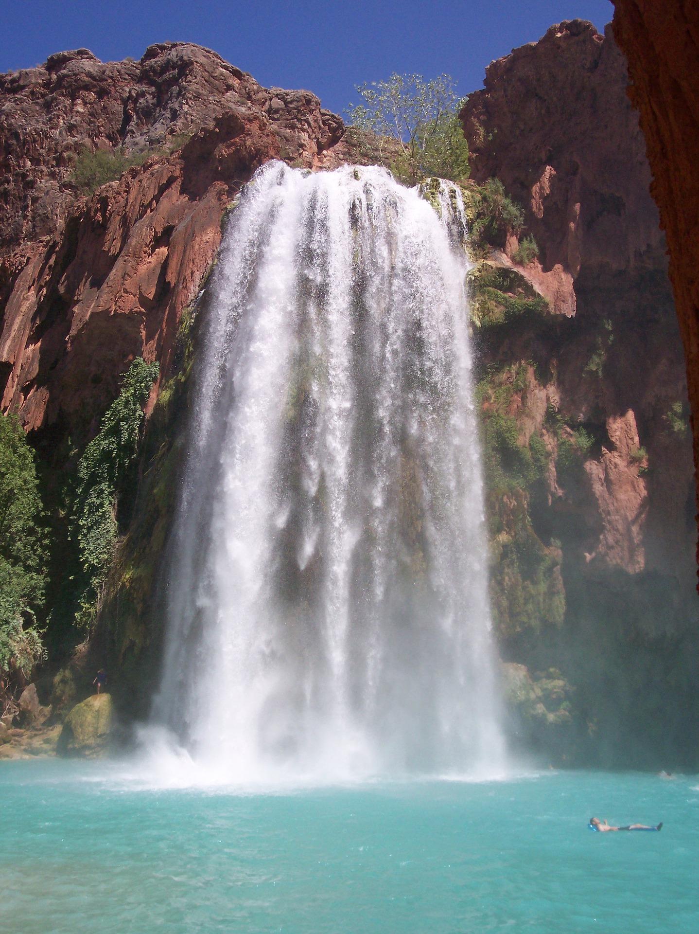 Beautiful-Waterfall-Havasupai-Falls