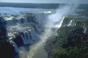 Beautiful-waterfall-Inga-falls-14