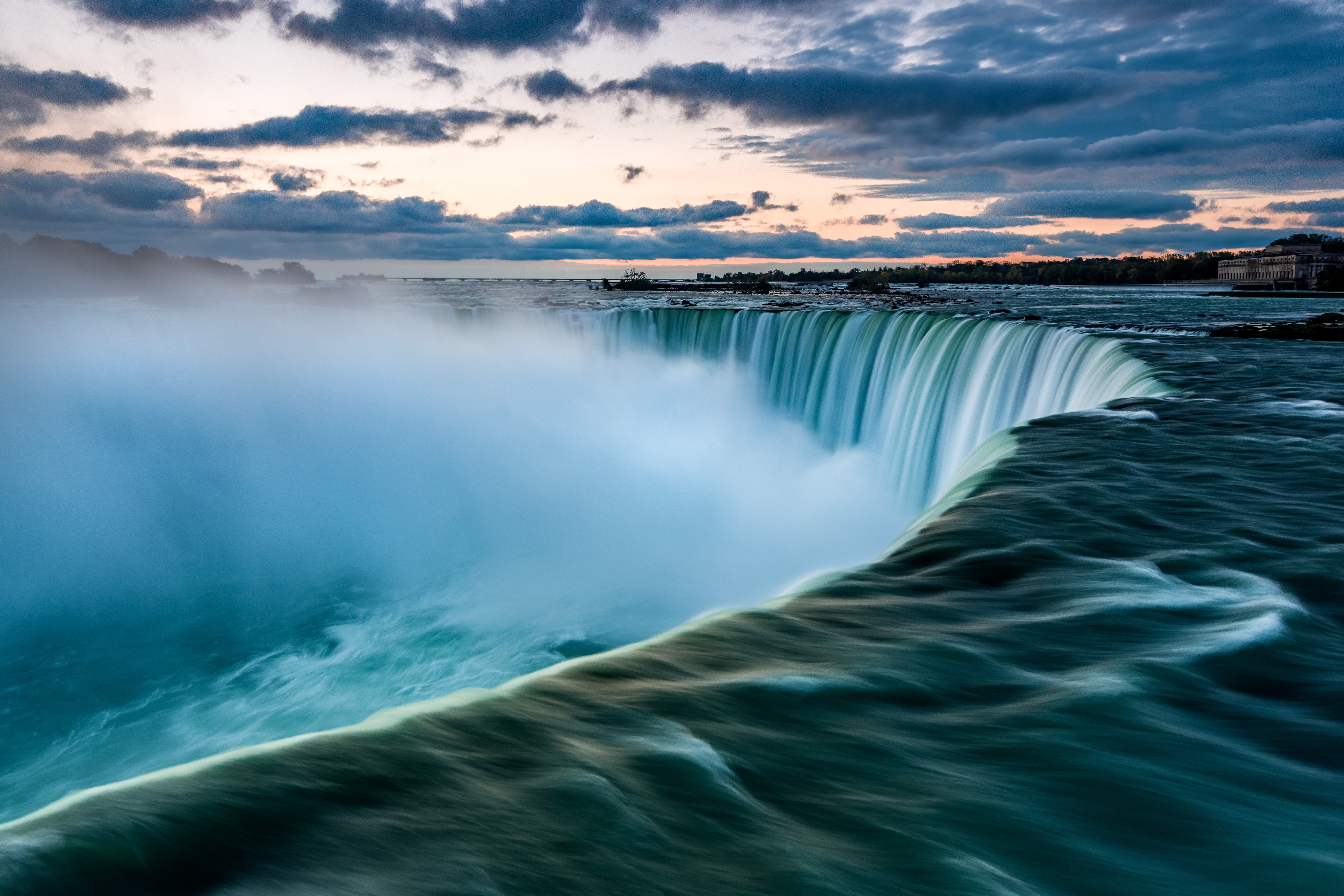 Top 25 Breathtaking Waterfalls Around the World That Will Make Your Jaw Drop