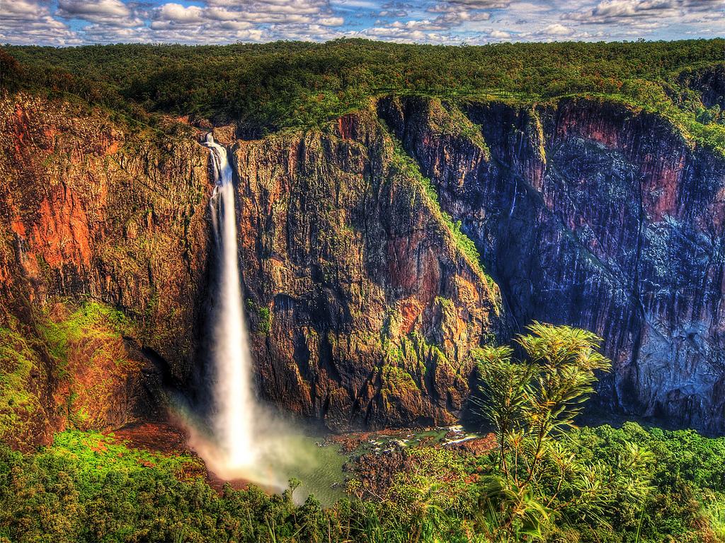 beauitful waterfalls