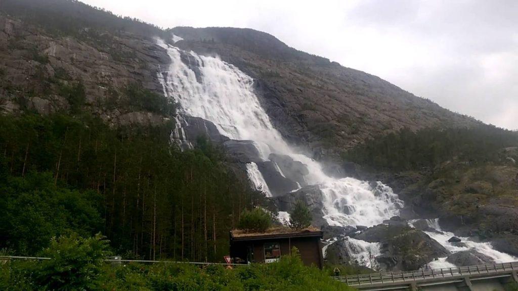 langfossen falls