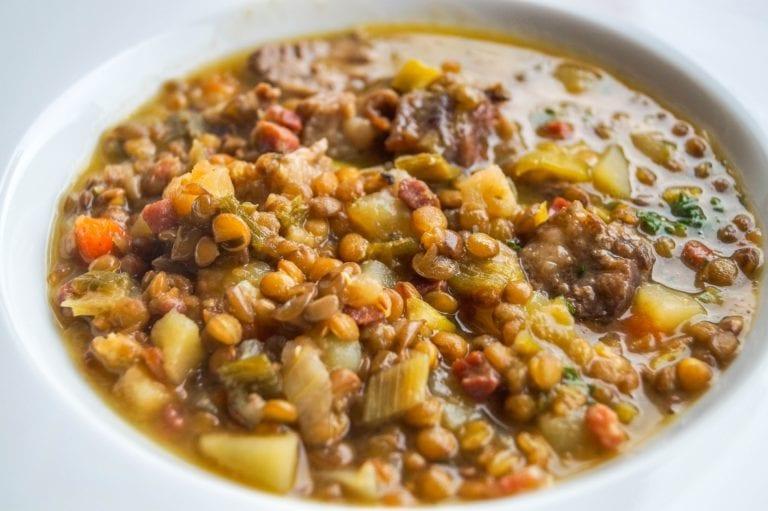 Moroccan appetizers - lentil soup