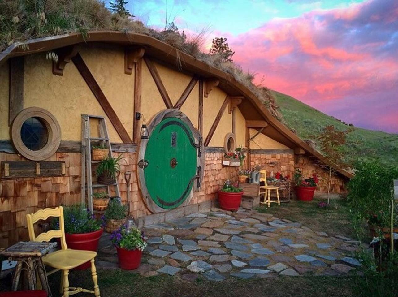 Coolest Airbnbs - Hobbit House