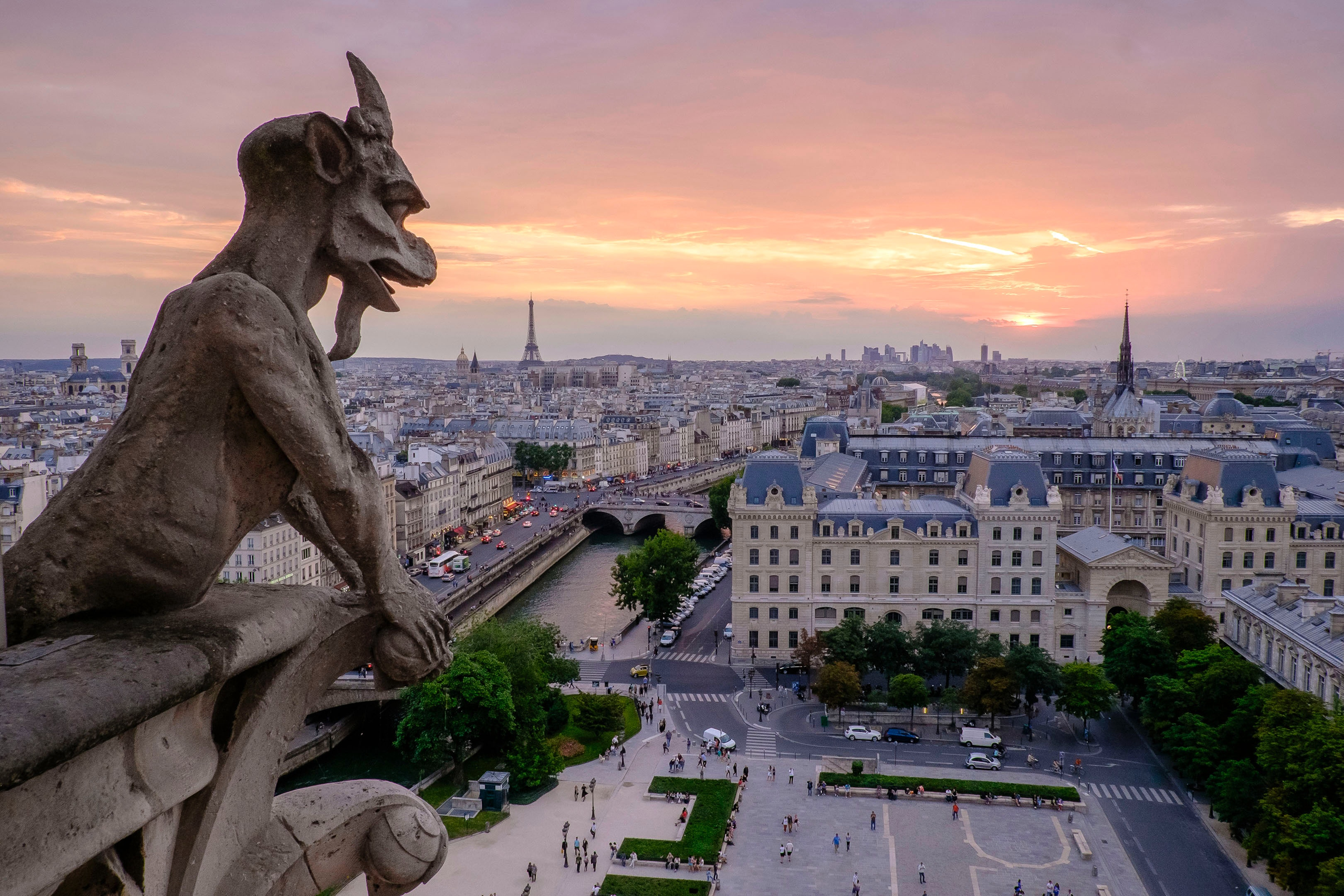 Most Beautiful Cathedrals Notre Dame Gargoyles
