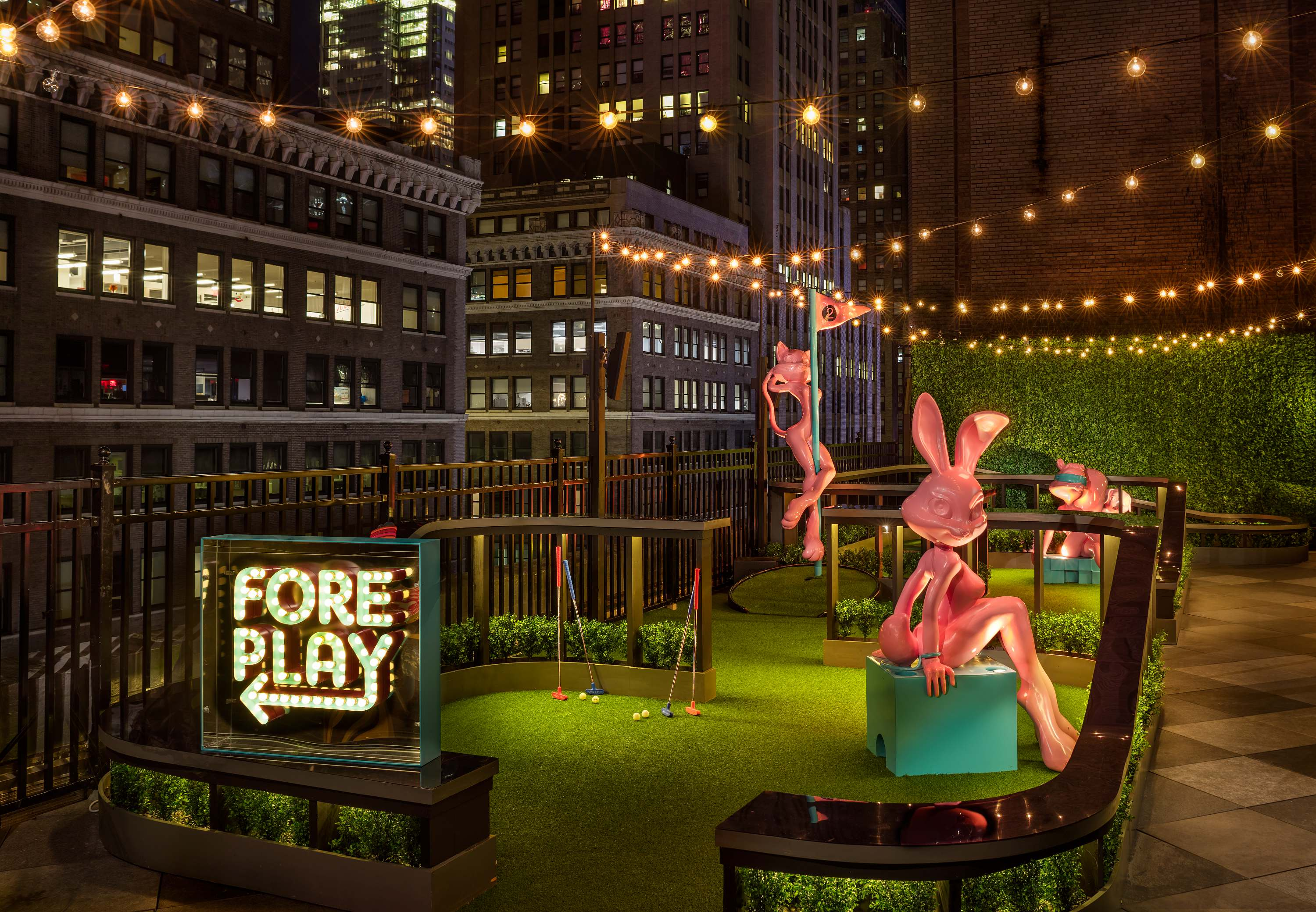Best rooftop bars in NYC - Moxy