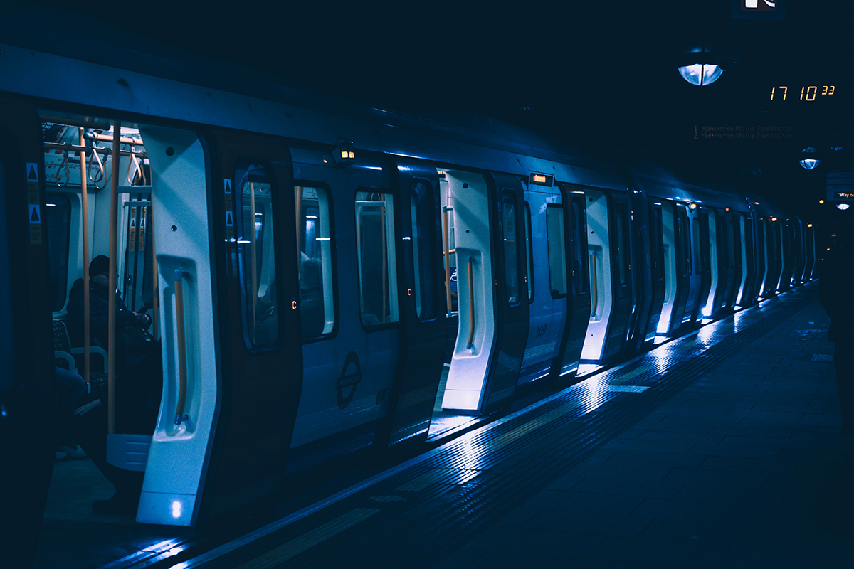 London tube night train