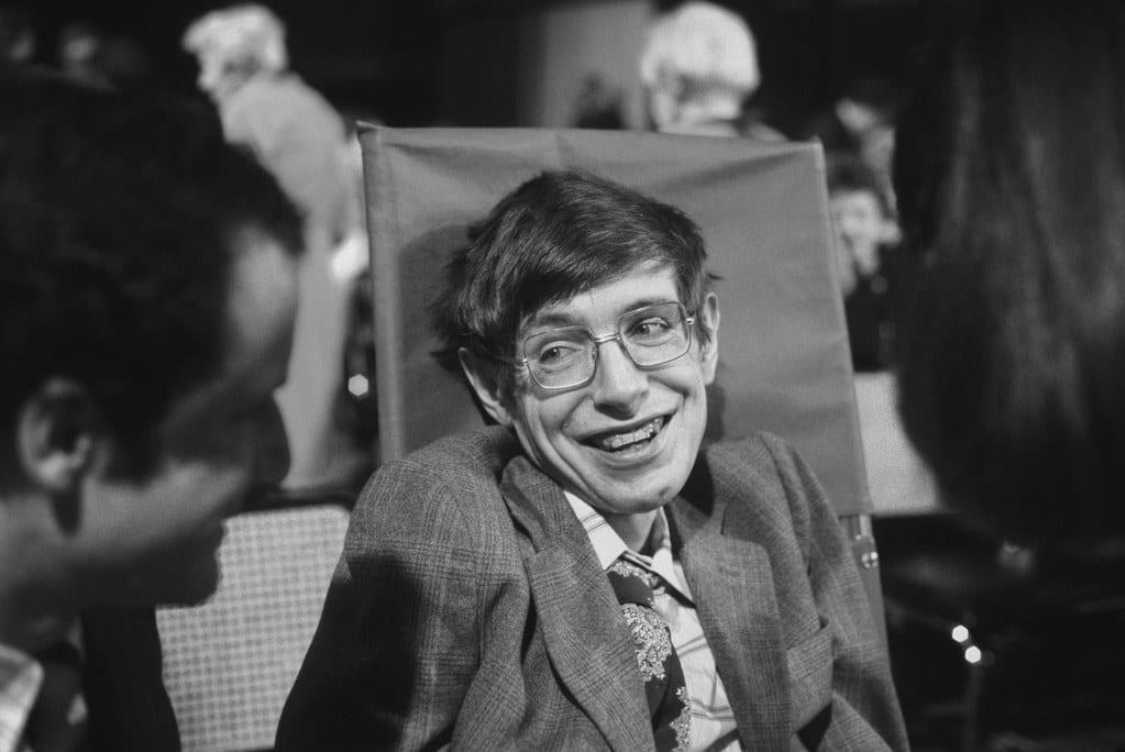 Stephen-Hawking-11