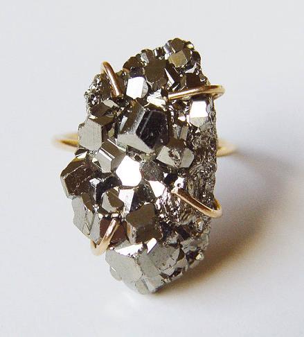 healing crystals pyrite ring
