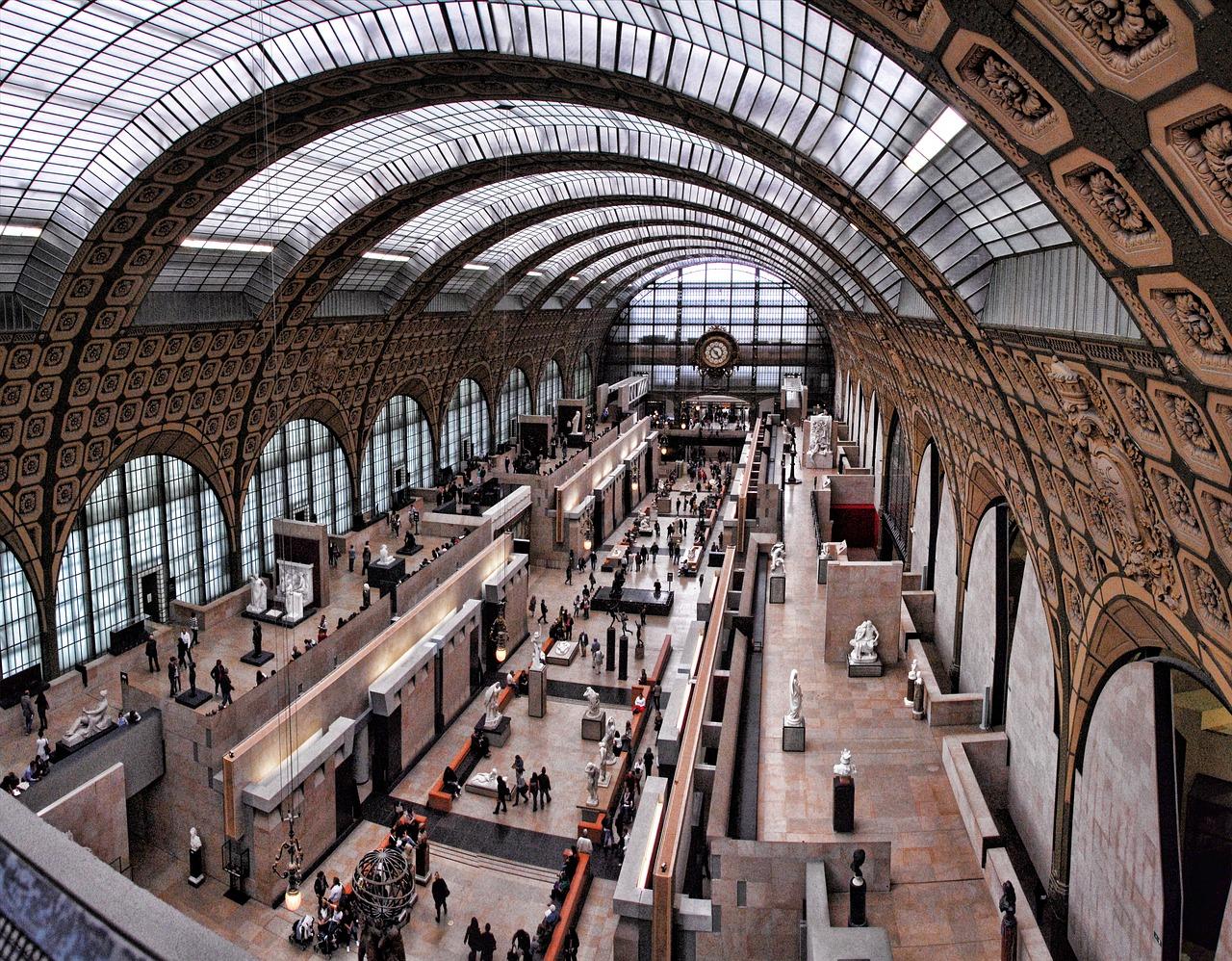 must-see in paris