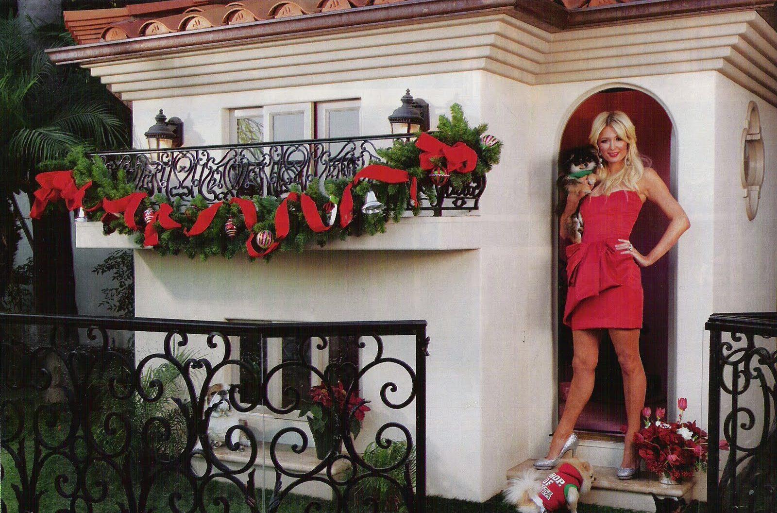 Paris Hilton Dog House