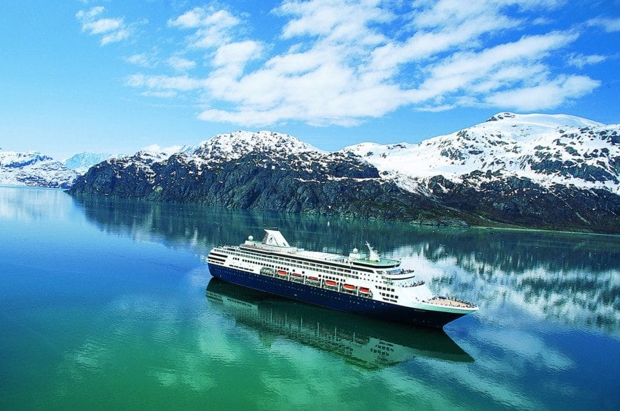 5 Alaska Cruise Itineraries Worth Grabbing Your Winter Coat For