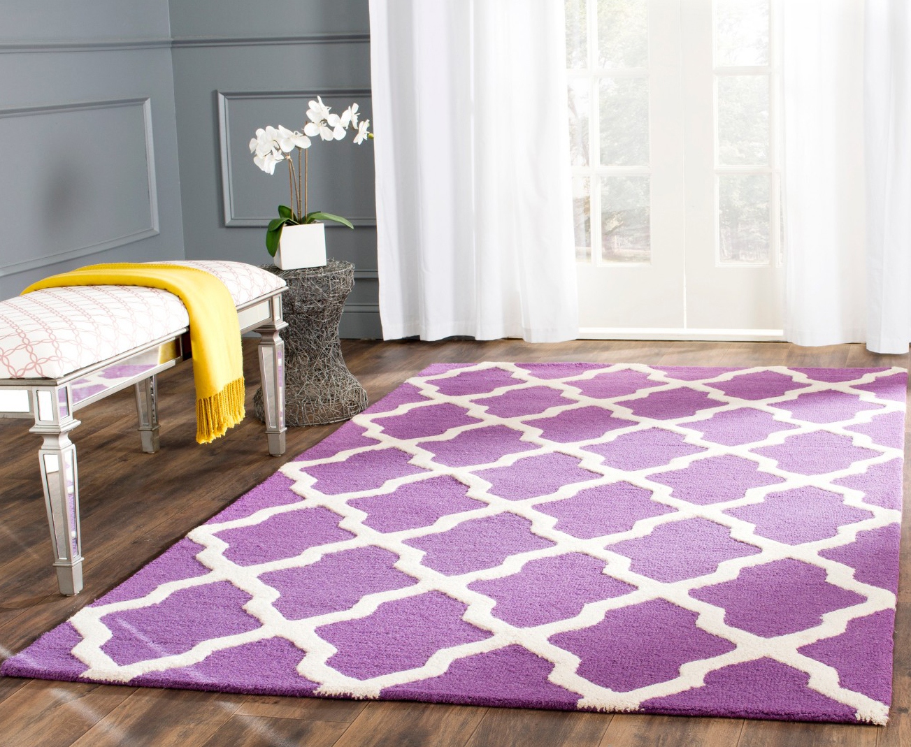 Panton color violet rug