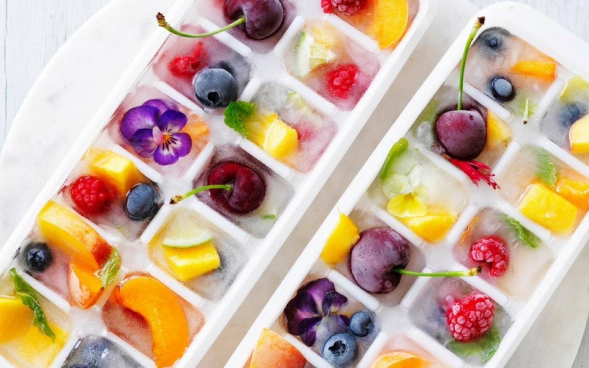 Spring Wedding Fruit Ice Cubes