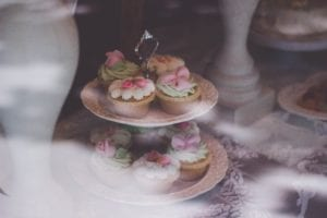 Spring wedding flower cupcakes