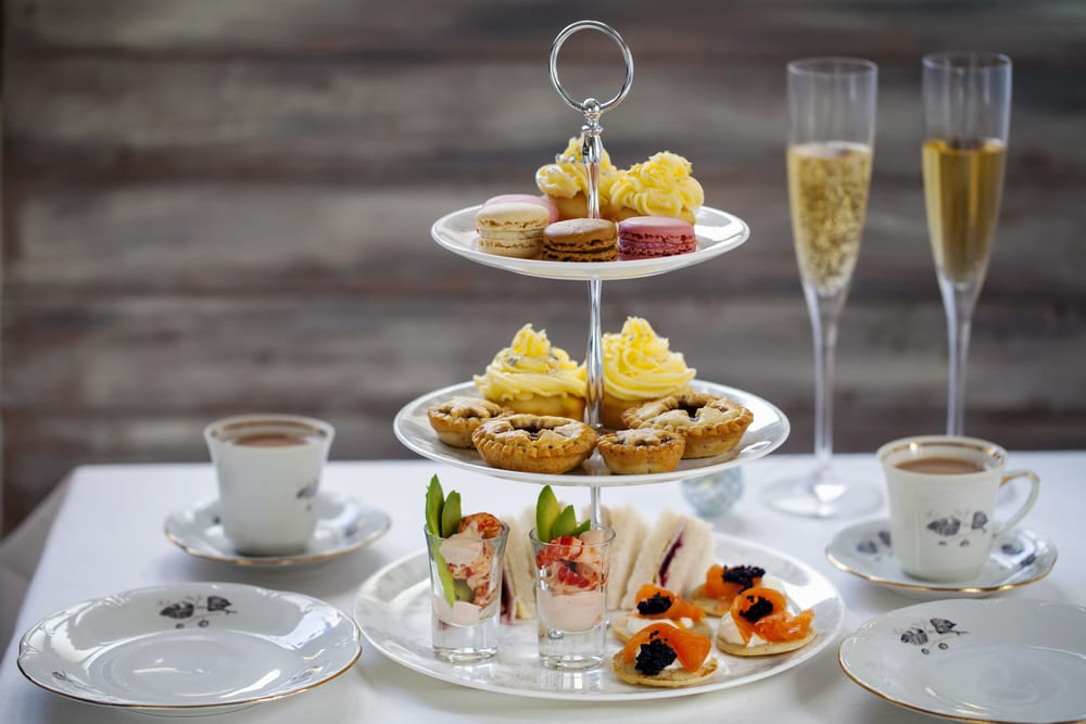5 Best Spots For Afternoon Tea in Paris