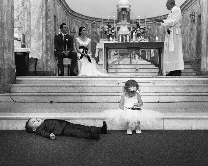 20 Hilarious Pics of Kids at Weddings