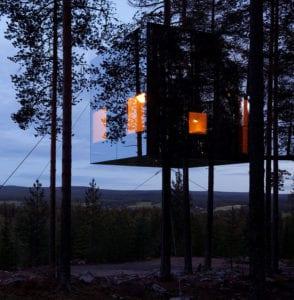 Micro Cube Treehouse Hotel Sweeden