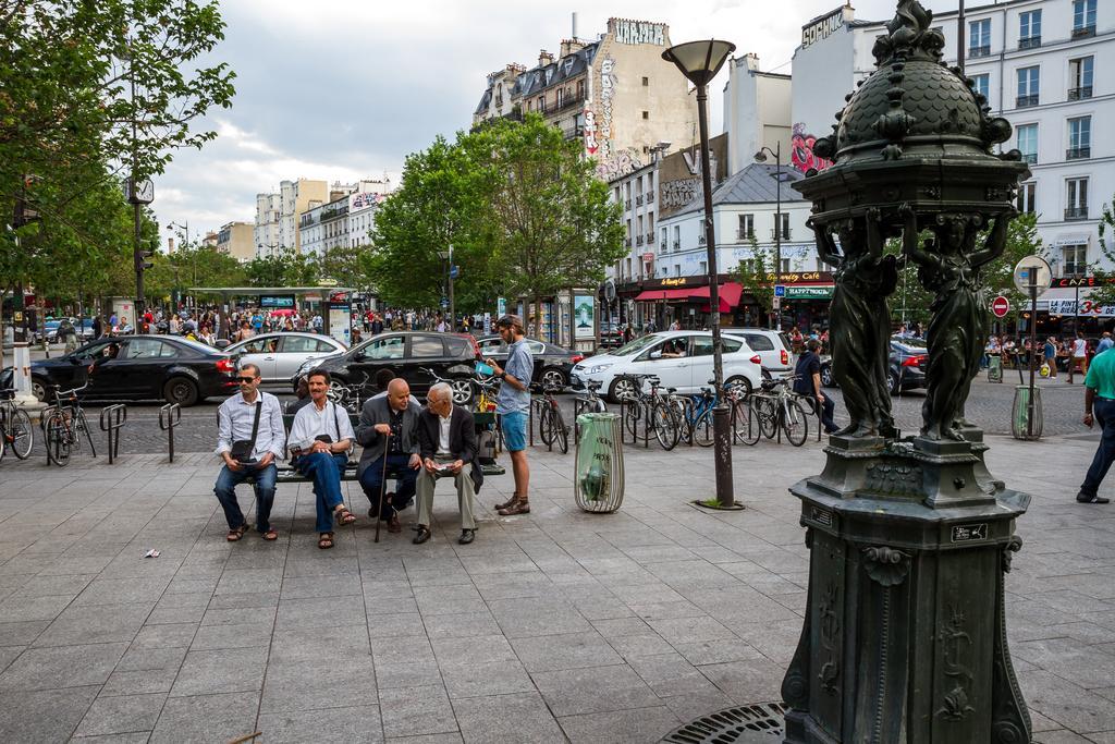 paris neighborhoods