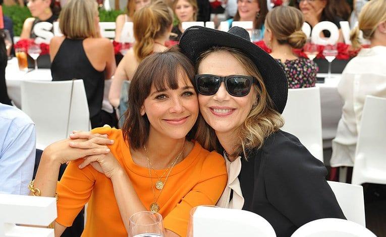 peggy lipton and rashida jones celebrity mother and daughter