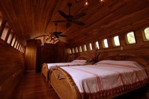 Plane Room Hotel Costa Rica