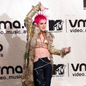 award show looks Pink