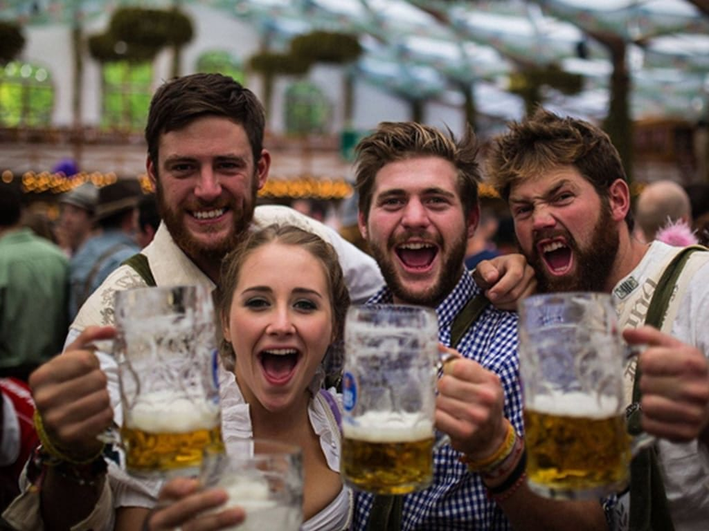 10 Best Pub Crawls Around The World