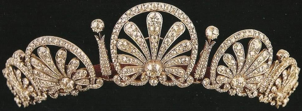 royal tiaras Kinsky Honeysuckle Tiara