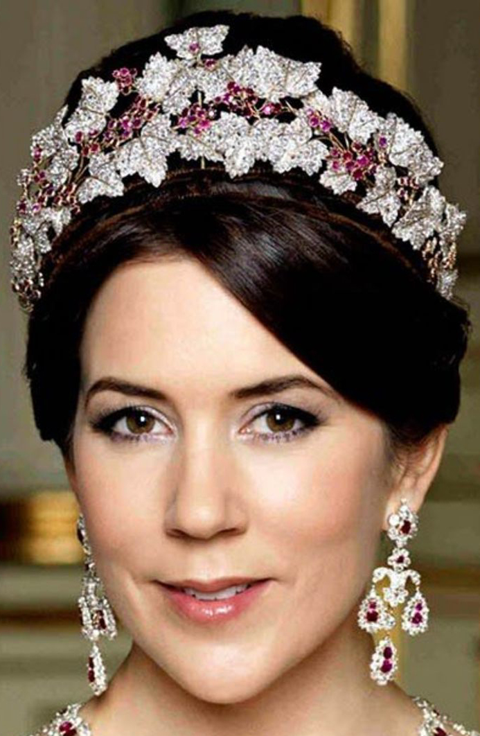 royal tiaras Danish Ruby Parure Tiara