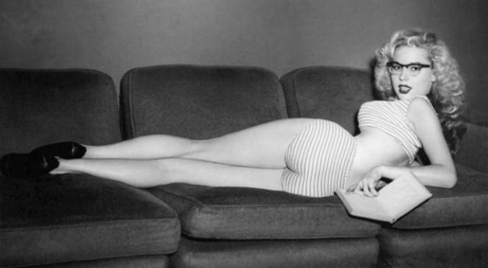 Betty Brosmer vintage photos