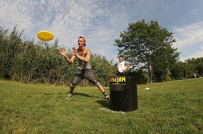 backyard games - kan jam ultimate disc game